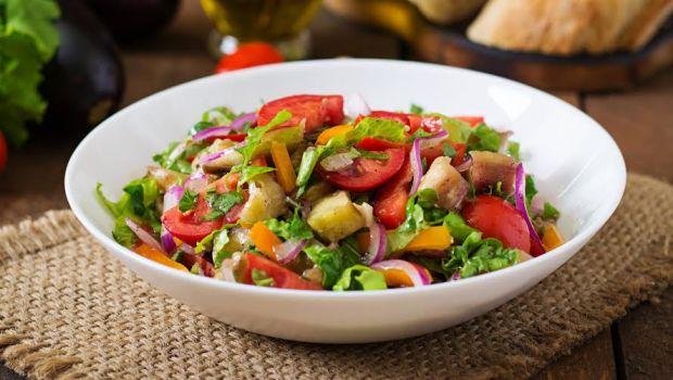 salatka warzywna jadlospis